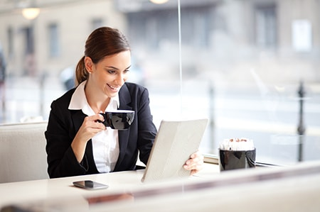 Online Insurance Prelicense Training Studying in cafe